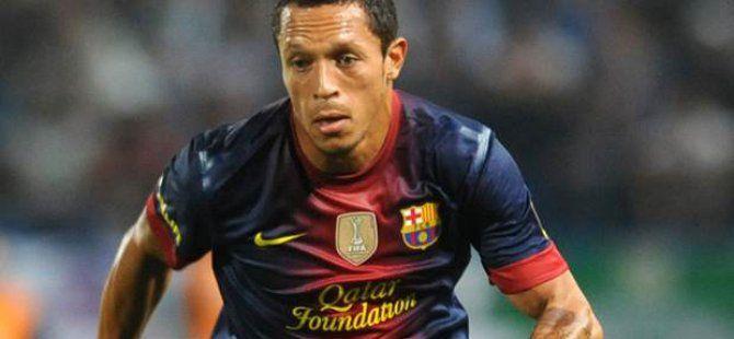 Barcelonalı Adriano Beşiktaş'ı Beğendi Ortalık Yıkıldı
