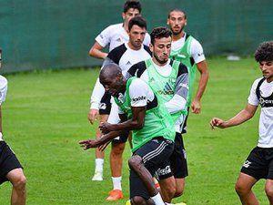 Beşiktaş'ta Stoperler Gitti Kaleci Fabricio Stoper Oynadı
