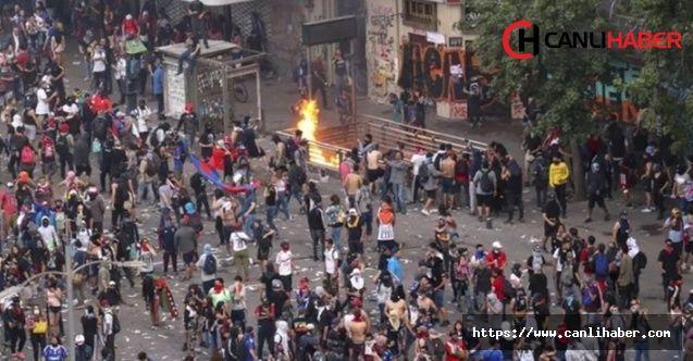 Şili'de tarihinin en büyük protesto gösterileri yaşanıyor