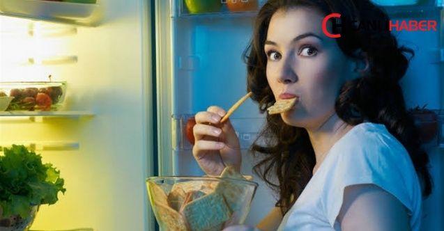 Kadınların akşam 18.00'den sonra yediği yemek kalp sağlığını tehdit ediyor