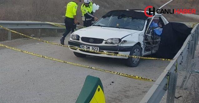 Karabük'te feci kaza Bariyere çarpan otomobildeki 1'i bebek 4 kişi öldü