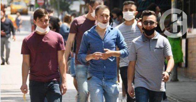 Sağlık Bakanı Koca: Virüs yan yana yürürken de bulaşabilir