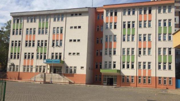 Okulda korona şoku! 30 öğrenci karantinaya alındı