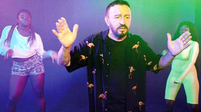 Şarkıcı Mustafa Topaloğlu