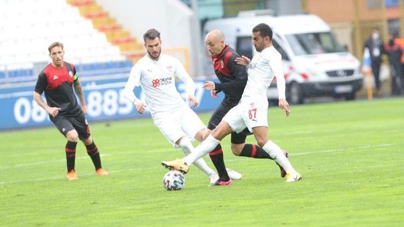 Açılış karşılaşmasında puanlar paylaşıldı Fatih Karagümrük - Sivasspor maç sonucu: 1-1