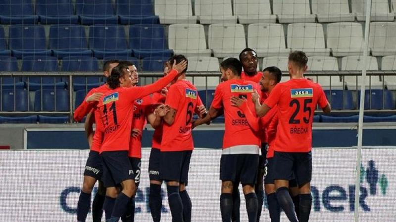 Zorlu maçta kazanan Paşa Kasımpaşa 3-2 Denizlispor