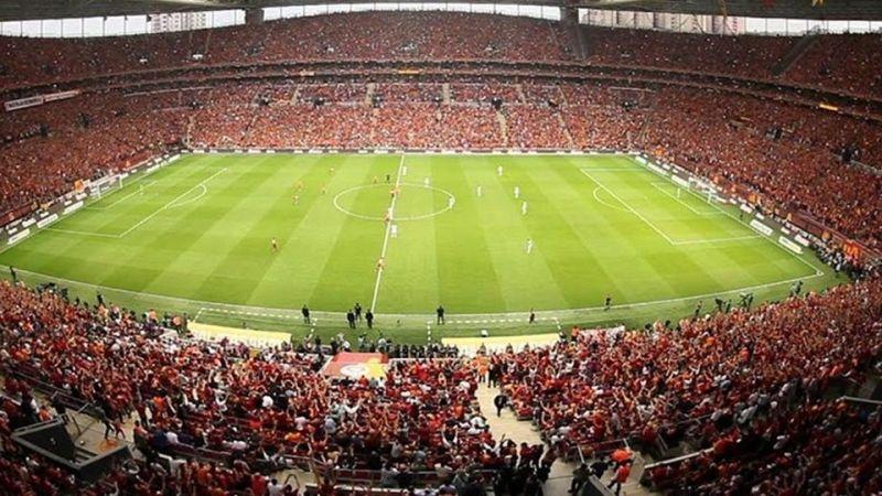 Maçlar ne zaman seyircili oynanacak? TFF Başkanı açıkladı