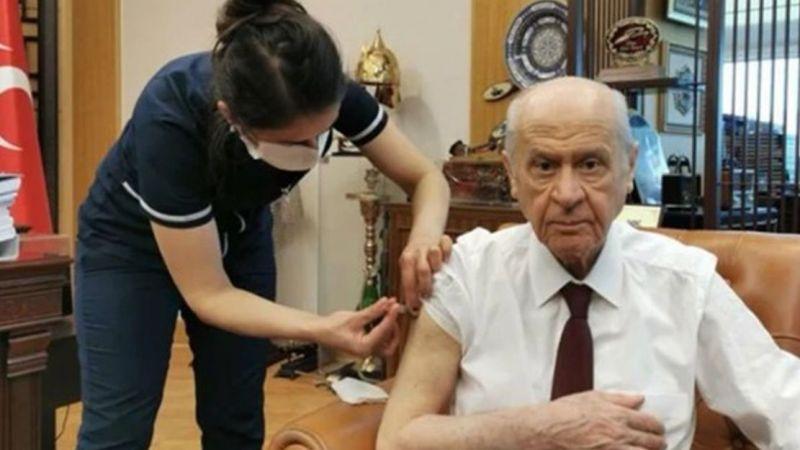 Sağlık Bakanı Fahrettin Koca'nın daveti üzerine Devlet Bahçeli korona aşısı oldu