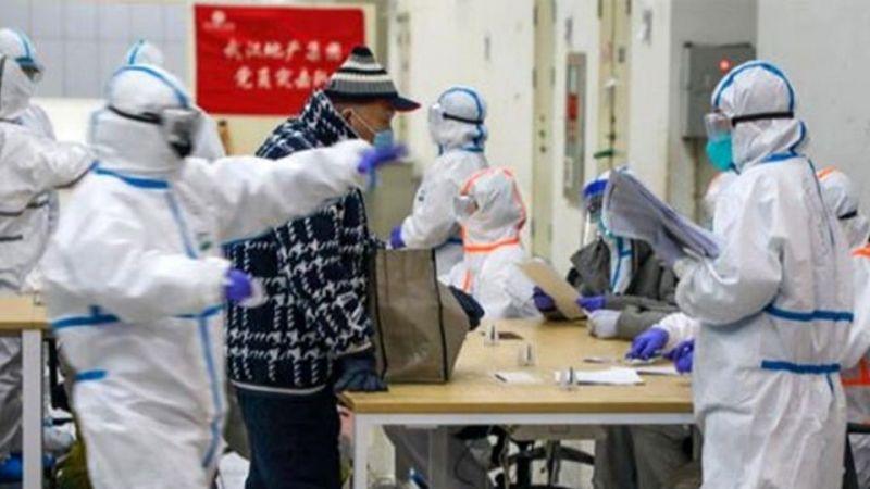 Çinli Sağlık Görevlileri Koronavirüs Belgeseli