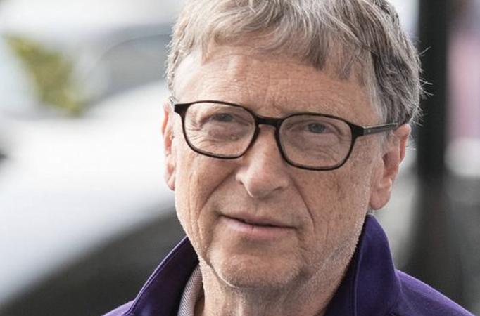 Bill Gates Clubhouse'da sorulan soruları cevapladı