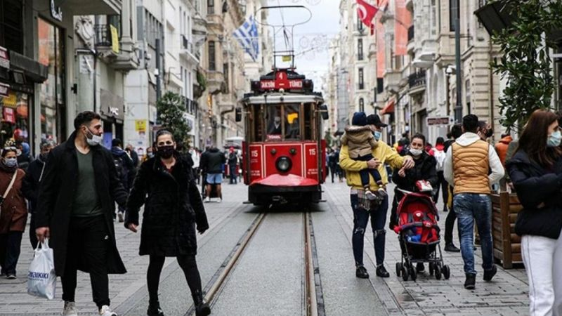 """İstanbul için üçüncü dalga açıklaması! """"Dalganın derinliklerine doğru ilerliyoruz"""""""