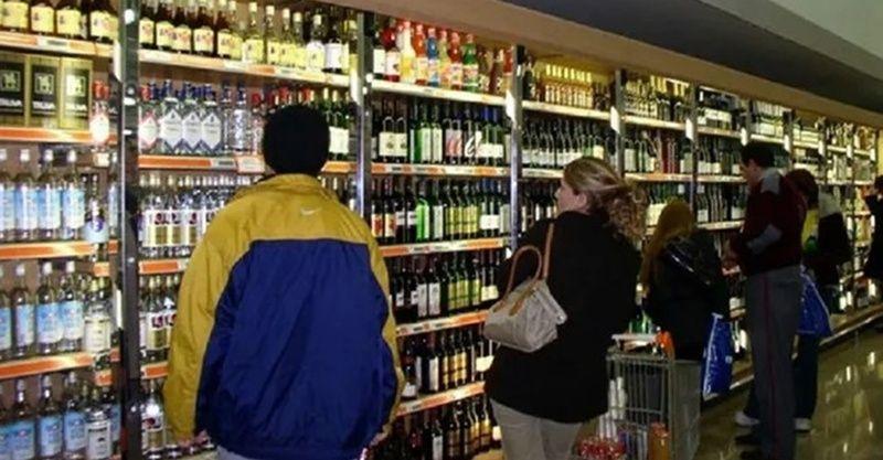 Tam kapanmada alkol satış yasağı kaldırıldı mı? 17 günlük yasakta alkol satışı yapılacak mı?