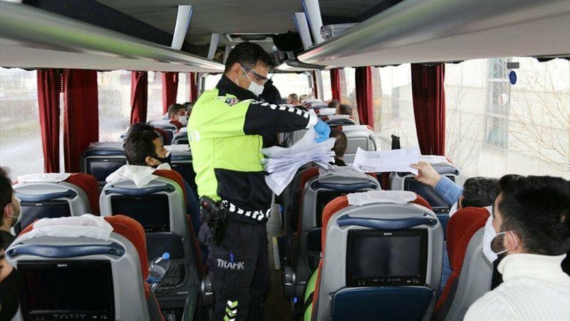 Kaç kişi seyahat izin belgesi ve çalışma izin belgesi aldı?