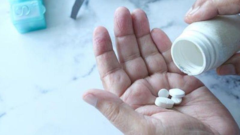 Sağlık Bakanlığı'ndan yeni karar! O ilaç artık korona tedavisinde kullanılmayacak