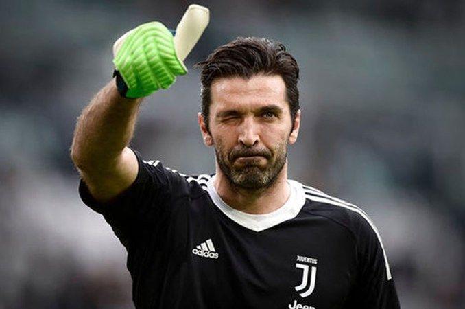 Buffon, Galatasaray'a mı geliyor?