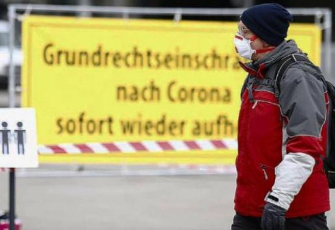 Almanya'da skandal maske uygulaması