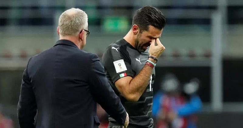 Buffon'dan 43 yaşında transfer