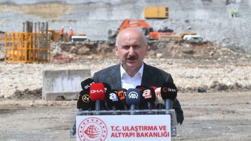 Ulaştırma Bakanı Kanal İstanbul'un temel atma töreninde konuştu! '13 kat daha güvenli olacak'