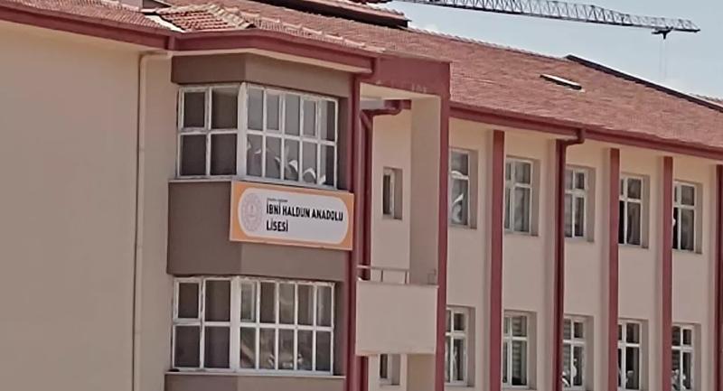 Değişen okul ismi yüzünden sınava giremediler