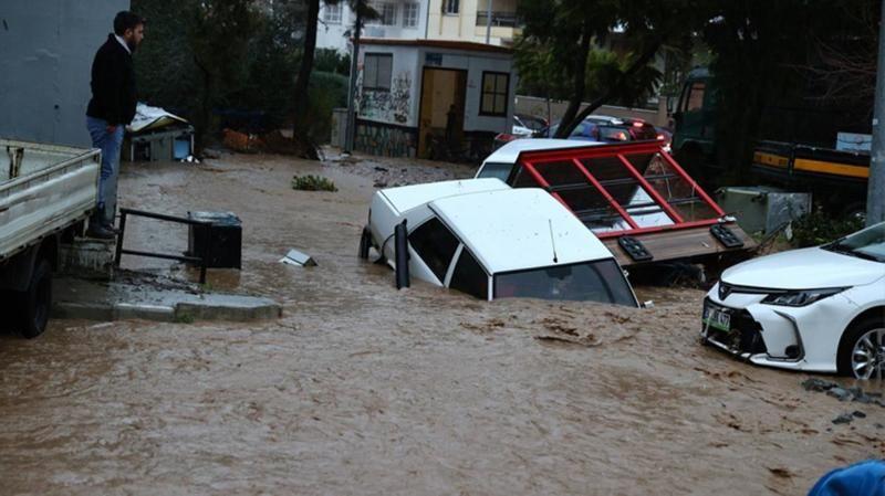 Meteoroloji'den sağanak yağış uyarısı geldi! Su baskınları olabilir