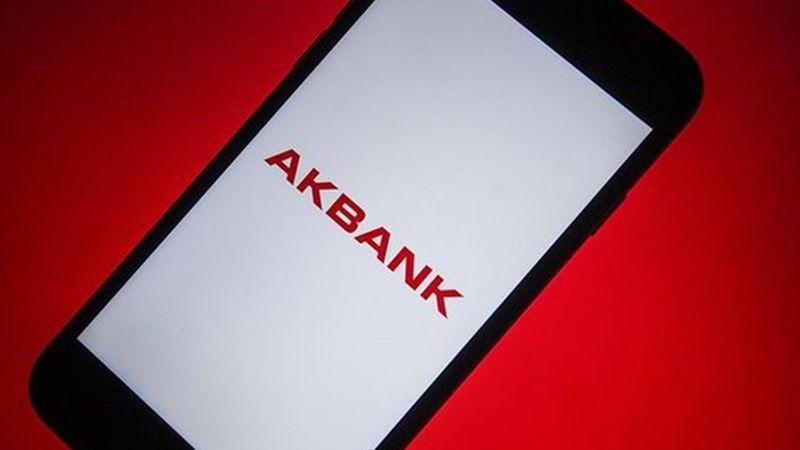 Akbank tarihe geçti