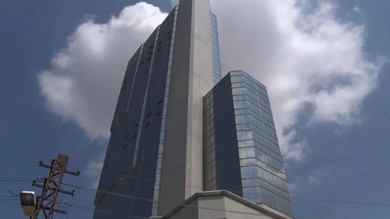Ankara'da 35 katlı binaya Alman bankası tarafından el konuldu