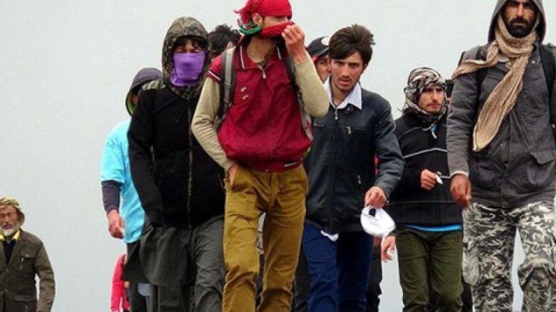 Afganistan'da endişe verici Taliban etkisi! Günde 1000'e yakın Afgan Türkiye'ye geliyor
