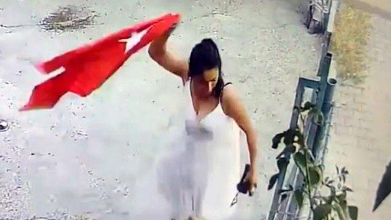 Türk bayrağına büyük saygısızlık