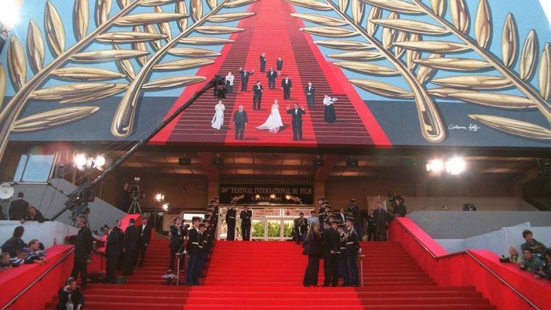 Hırsızlar gözlerini dünyaca ünlü Cannes Film Festivali'ne dikkti! Pahallı mücevherler çalıyorlar