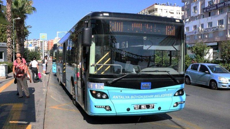Antalya'da şehir içi toplu taşımada 5 bin TL'ye çalışacak şoför bulunamıyor