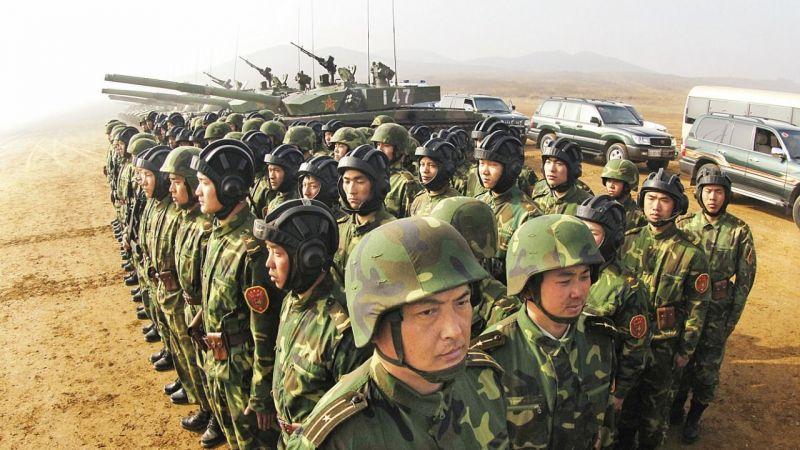 Taliban'ın etkisiyle bölgede askeri hareketlilik arttı! Tacikistan ordusu ani denetimle savaş hazırlığı yaptı