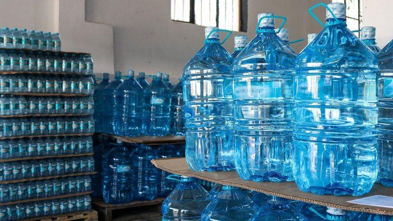 19 litrelik damacanalara 1,5 ayda 5 kez zam geldi! Su bayisi: Müşteri suya değil, plastiğe para veriyor