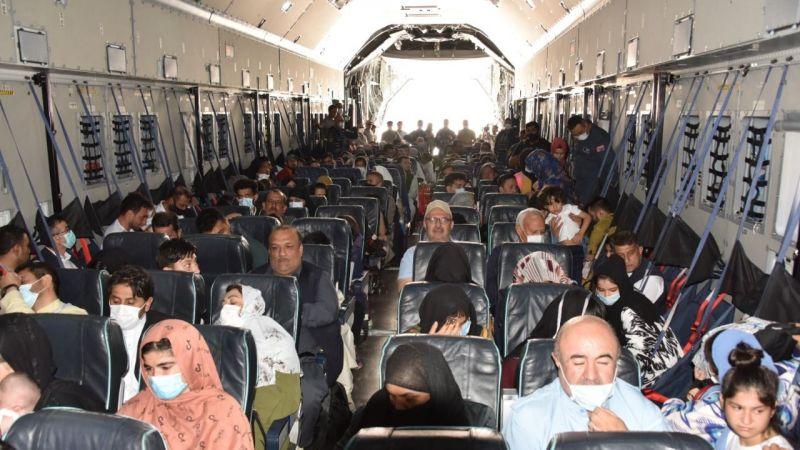 Afganistan'dan ülkeye dönen Türkler kaosu anlattı