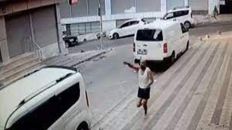 Buda değişik hırsızlık evini soydukları adamı arabaları ile evine kadar bıraktılar