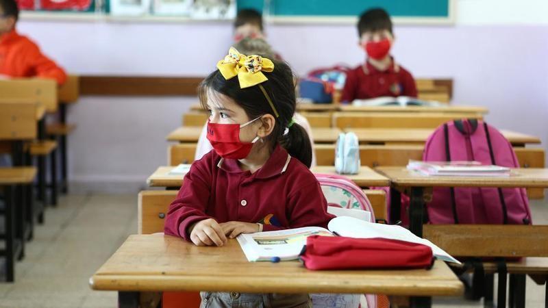 Bilim Kurulu Üyesi Kayıpmaz: Pandemi koşullarında güvenli eğitim için çalışmalar sürüyor