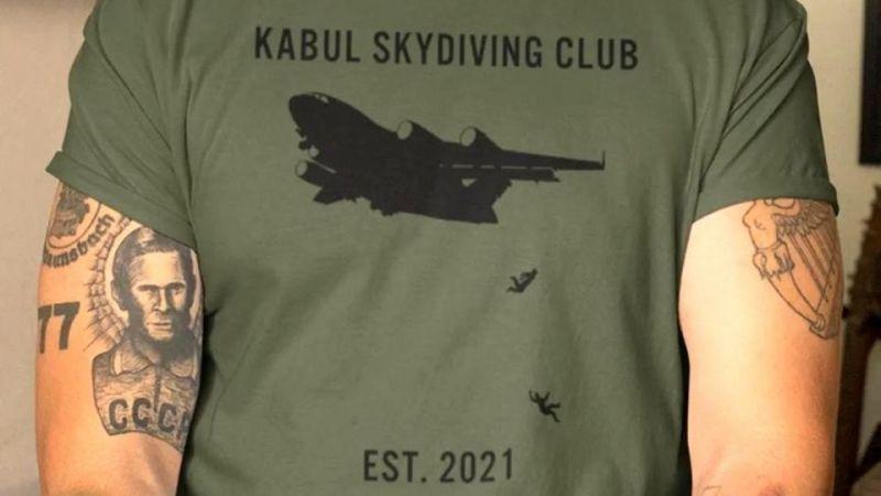 Afganistan'da düşen 2 kişinin bulunduğu tişörtlerin satışı durduruldu