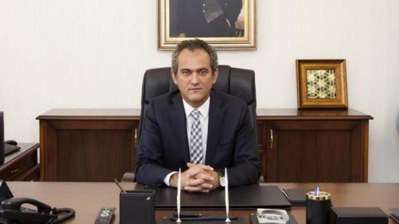 Milli eğitim Bakanı Özer'den  yeni okul dönemi hakkında açıklama geldi