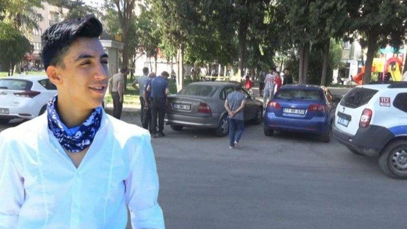 İzmir'de parkta infaz edildi! kaçan 2 zanlı aranıyor