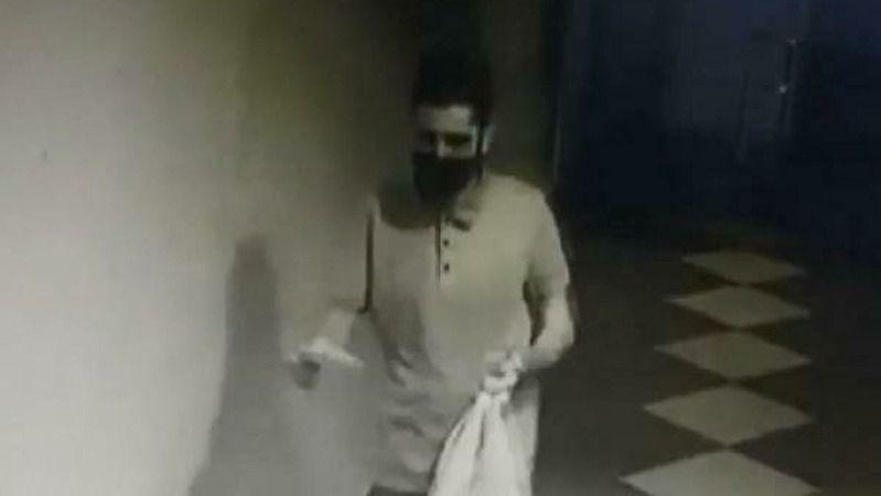 Hırsızlık için girdiği binada, bisikleti çalabilmek için 9 saat yangın merdiveninde bekledi