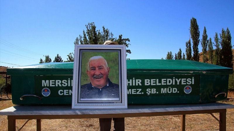 Aşık Veysel'in oğlu babasının yanına gömüldü
