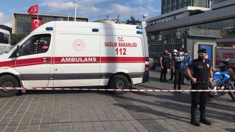 Taksim'de metro raylarına atlayarak intihar eden genç kurtarılamadı