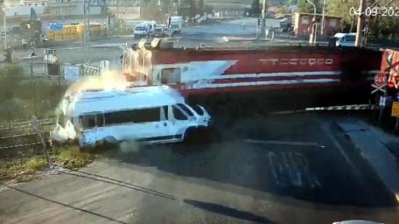 Servis aracı trenin altında kalmış ve 7 kişi vefat etmişti servis şoförünün ilk ifadesi herkesi şaşırttı