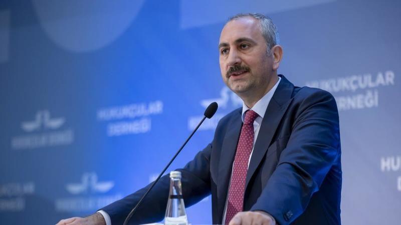 Adalet Bakanı Gül: Milletimiz gerici ilkel zihniyete asla prim vermeyecektir