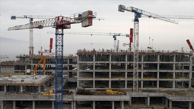 Çimento fiyatlarının artmasıyla müteahhitler, 9-24 Eylül tarihleri arasında iş bırakma kararı aldı
