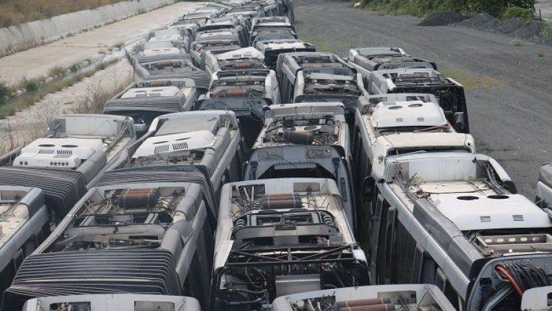 İBB İYİ Partili İbrahim Özkan, Kadir Topbaş döneminde alınan otobüslerin hurdaya döndüğünü açıkladı
