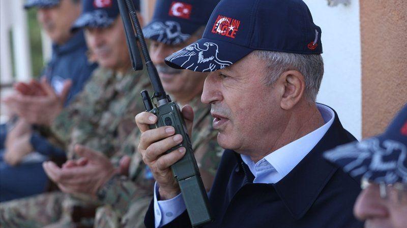 Milli Savunma Bakanı Hulusi Akar'dan Ermenistan'a mesaj
