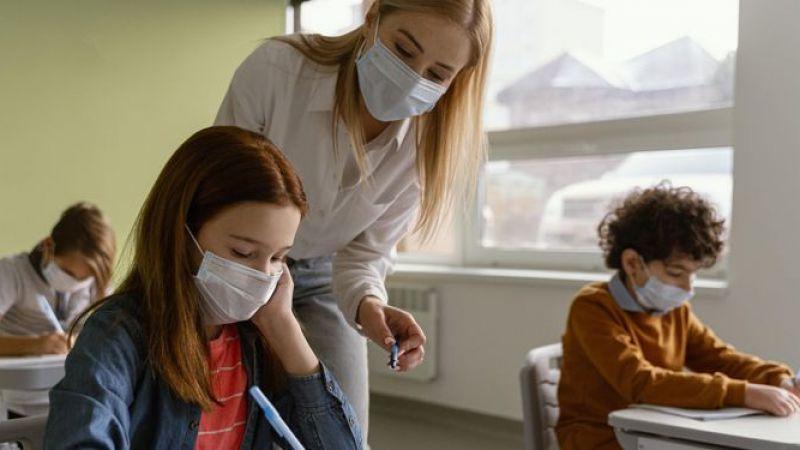 Koronavirüsün mutasyona uğramasıyla çocuklarda pozitif vaka oranı yüzde 30'a yükseldi