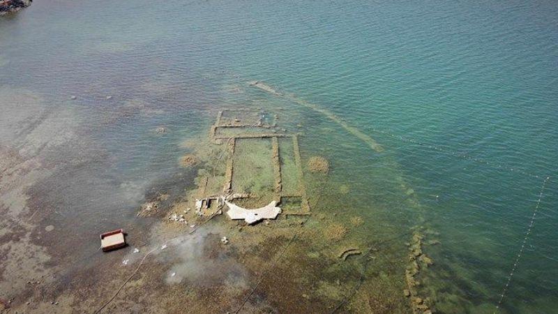 İznik'te kuraklık ile birlikte sular çekilince batık bazilika ortaya çıktı