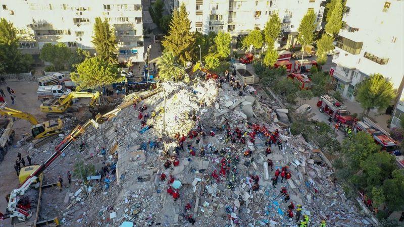 Depremde yıkılan Emrah Apartmanı için dava başlıyor