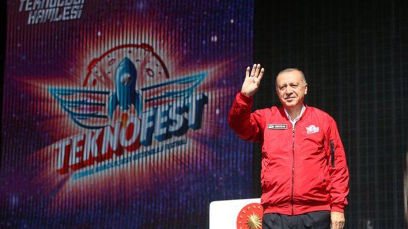 TEKNOFEST'te konuşan Erdoğan: Varsın birileri gençleri harflerle kategorilere ayırarak tanımlamaya çalışsın